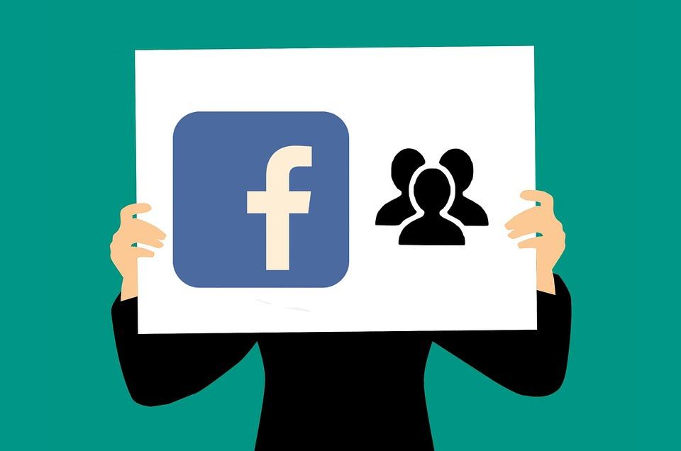 Facebook сначала защитит данные европейских пользователей, а потом всех остальных