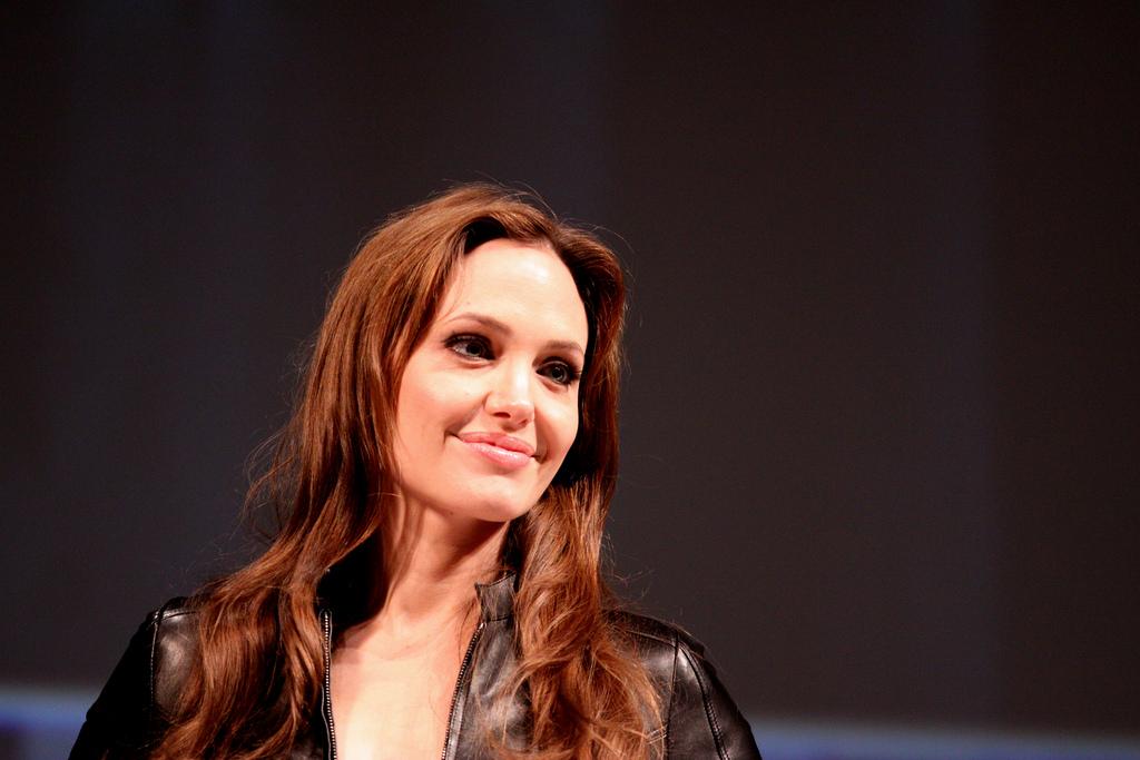 СМИ: Анджелина Джоли станет женой миллиардера