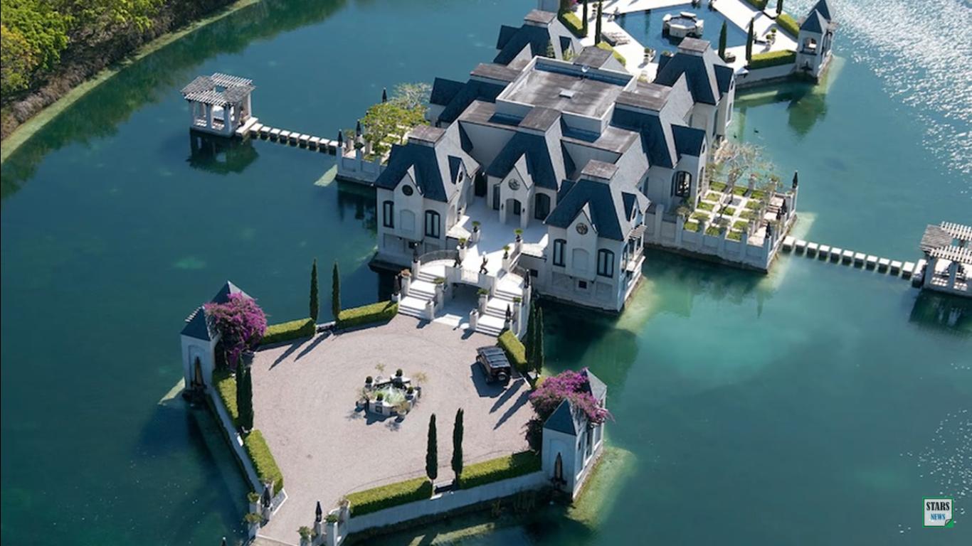 Рэпер продает особняк посреди озера в Майами