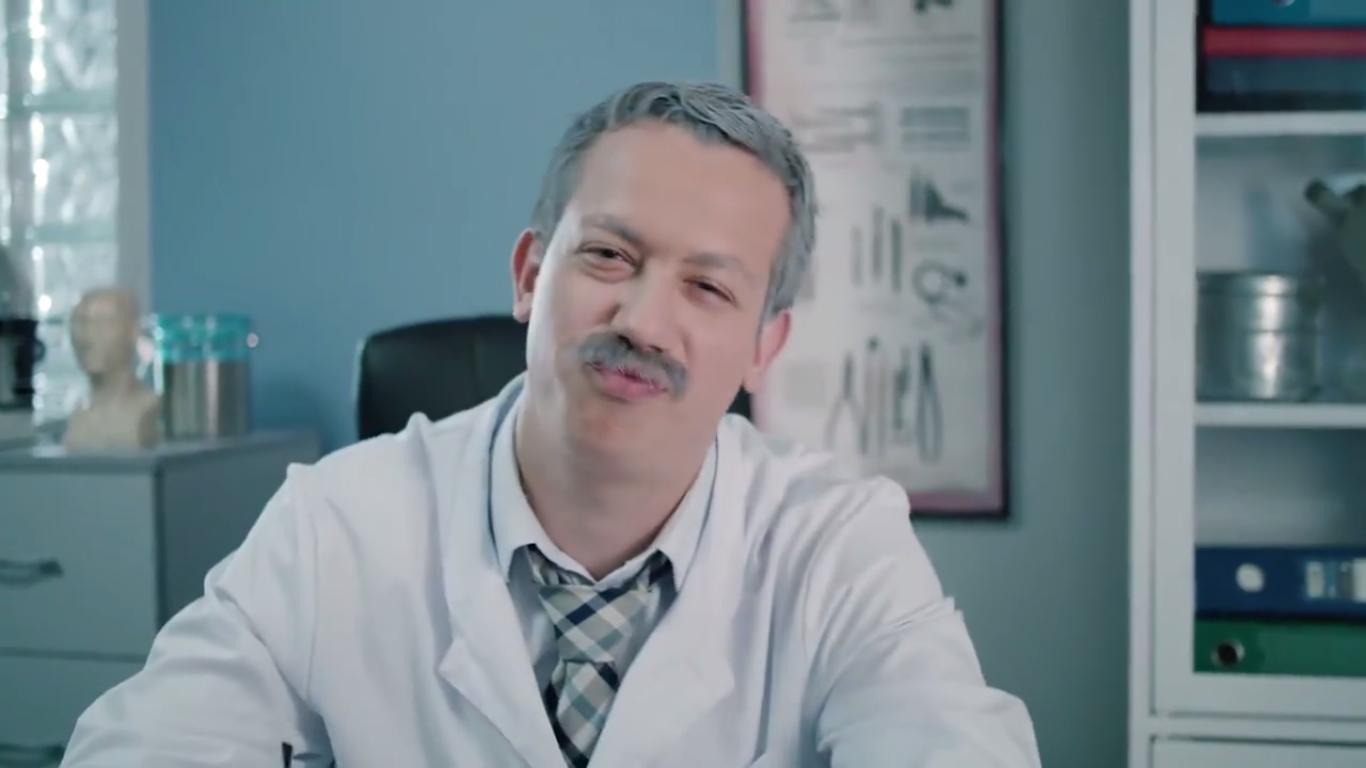Вышел первый эпизод интернет-сериала «Доктор Дурнев»