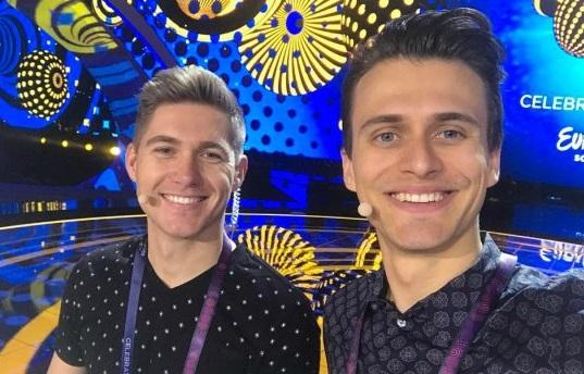 Ведущий Евровидения рассказал, как однажды флиртовал с девушкой при помощи шкафа