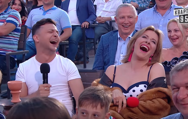 Видео дня: Зеленский отшутился насчет участия Вакарчука в выборах президента