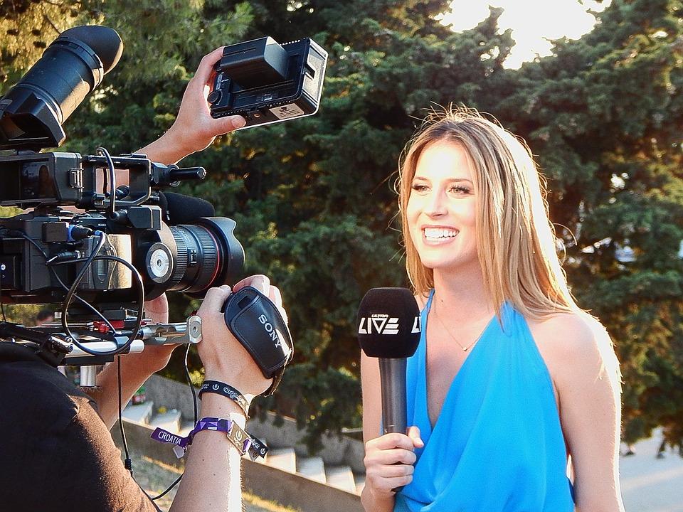 Как правильно журналисту искать работу в СМИ?