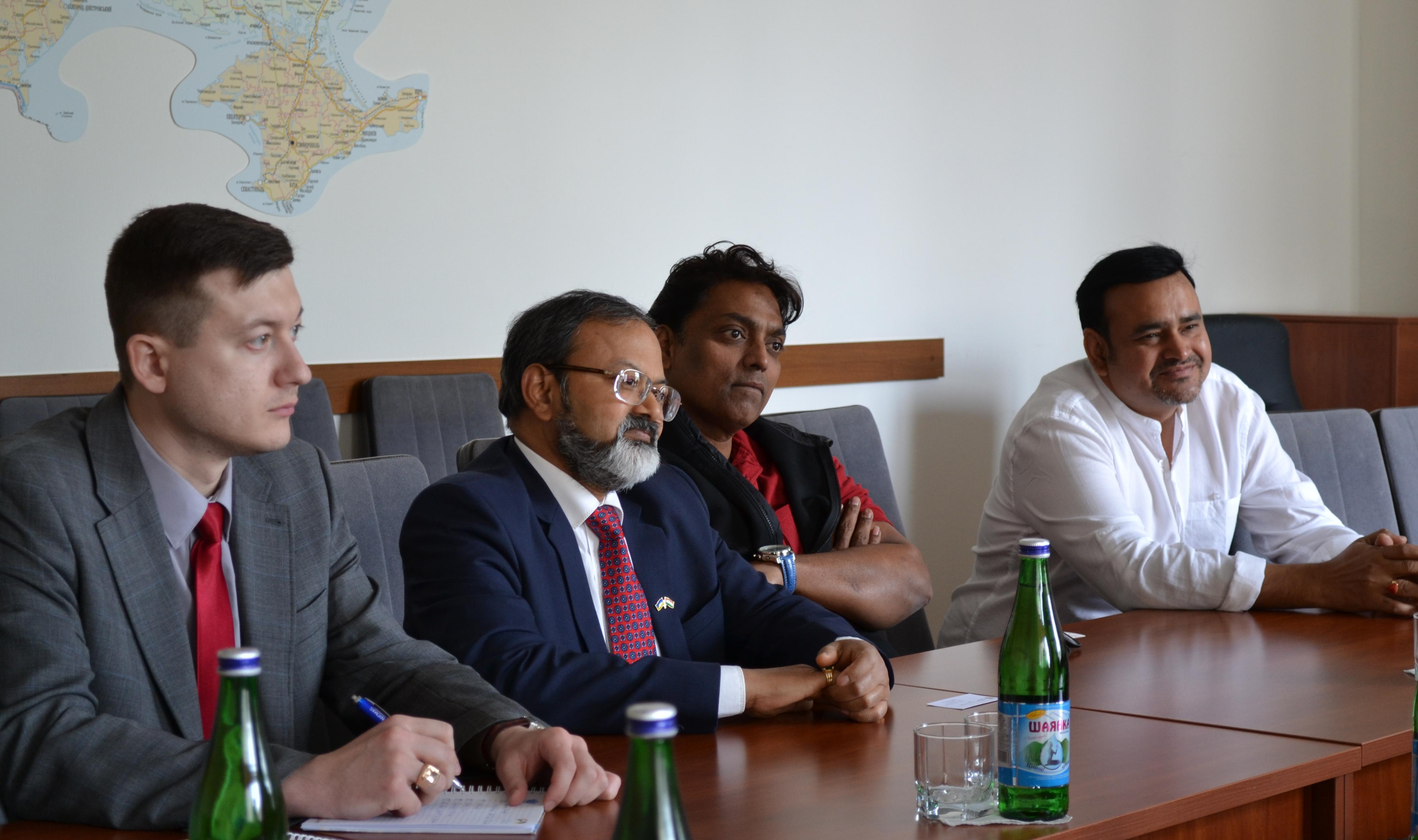 Ближе к Болливуду: украинские и индийские кинематографисты договорились сотрудничать