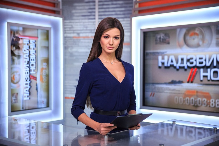 На дом журналистки «Надзвичайних новин» напали люди в камуфляже (ОБНОВЛЯЕТСЯ)