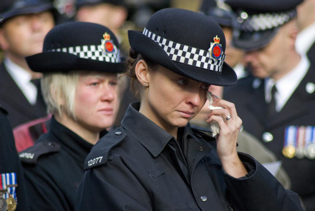 Британские женщины-полицейские смогут поплакать в укромном месте во время менопаузы