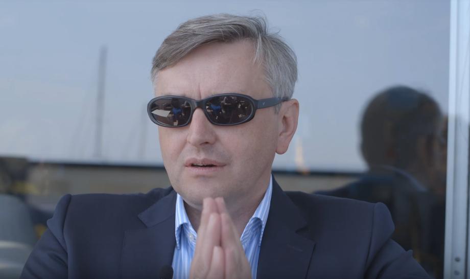 Терапевтический эффект: Сергей Лозница рассказал, зачем смотреть «Донбасс»