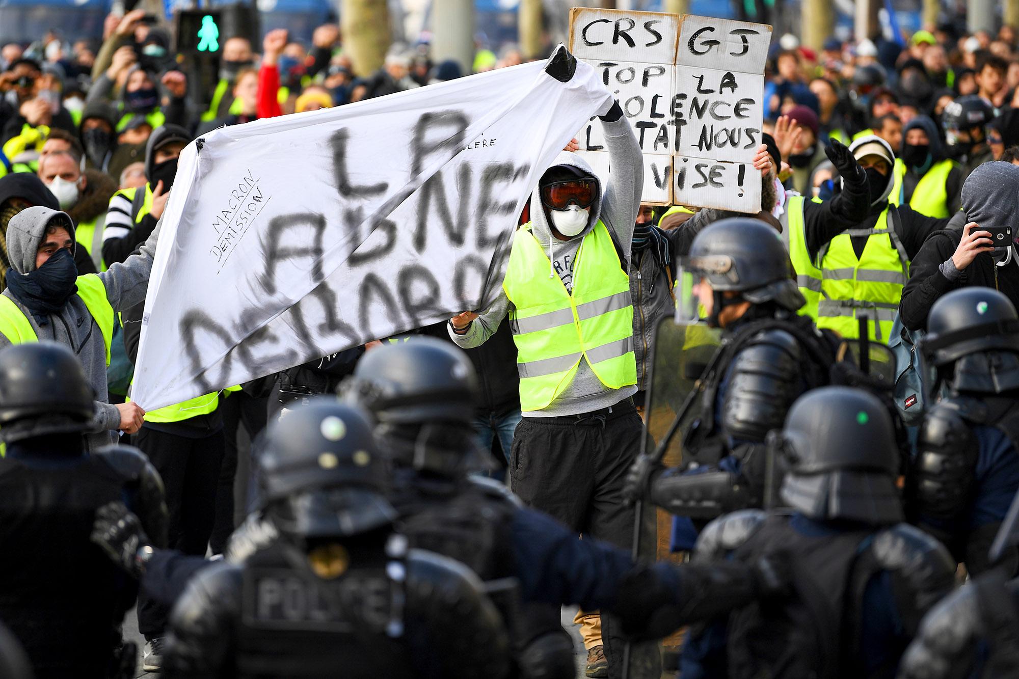 Движение «желтых жилетов»: все, что нужно знать о протестах во Франции