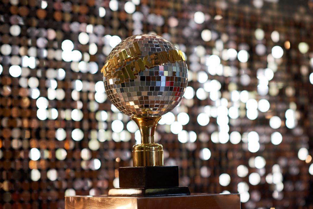 «Школа» нас связала: телеканал «1+1» объявил победителей первой премии «Золотой лайк»
