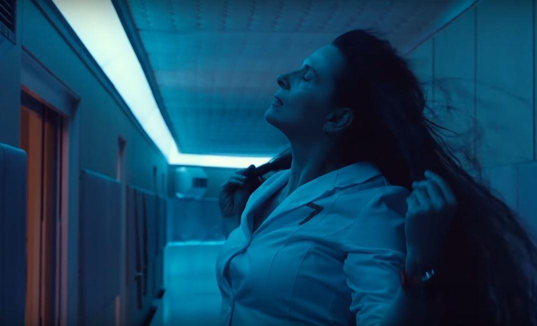 Трейлер: Жюльет Бинош и Роберт Паттинсон в «сексуальном космическом триллере»