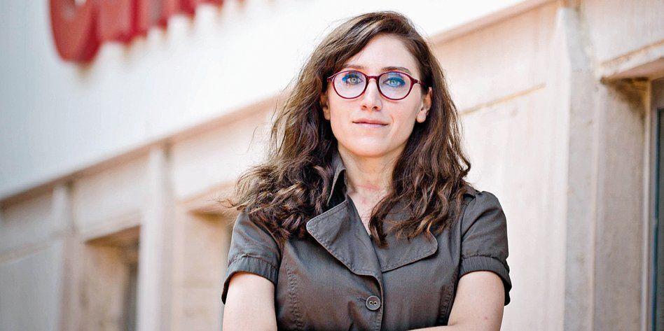 Журналистку Deutsche Welle в Турции посадят за статью об офшорах