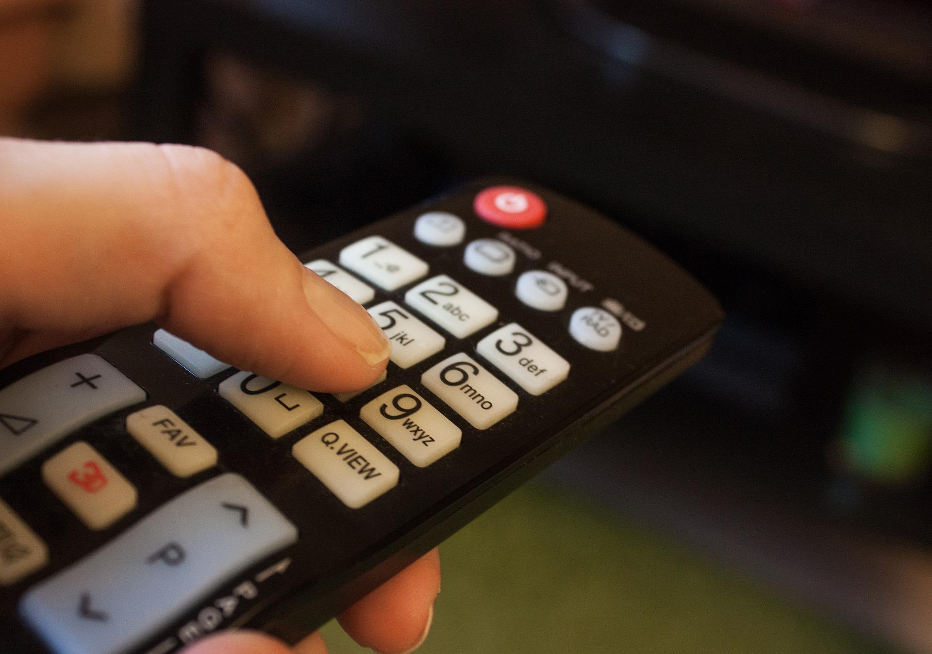 Нацсовет отказался от идеи обязать иностранные телеканалы запустить украиноязычные дорожки