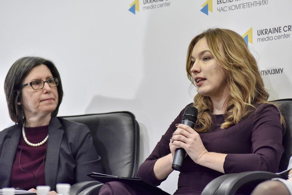 🏡👩🚒Алла Стащенко: «О децентрализации можно рассказать на пальцах»