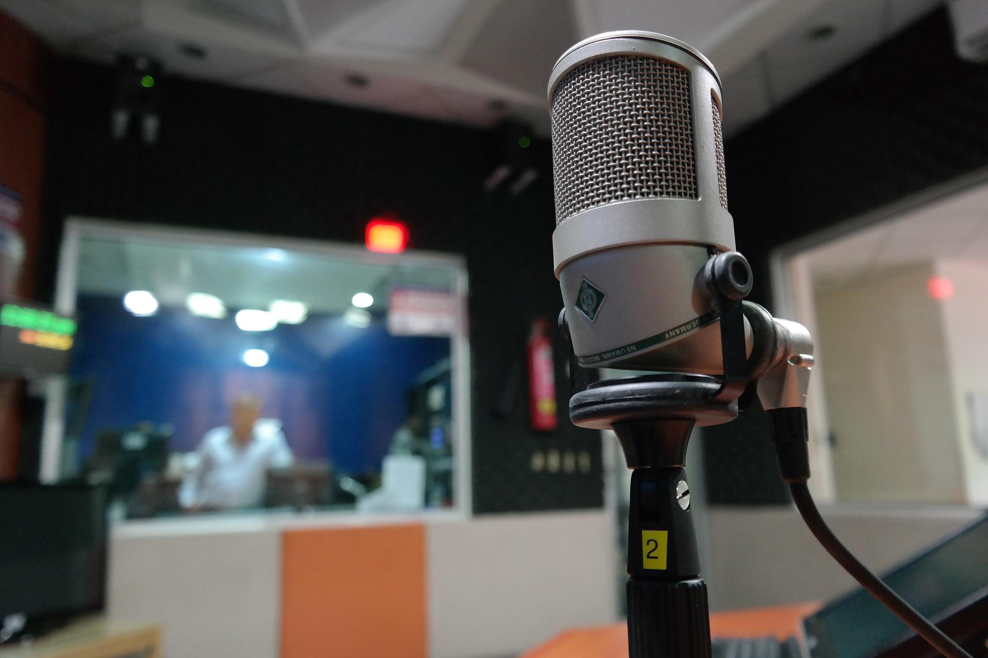 🔥 Ульяна Фещук спасла просроченные лицензии «Радиогруппы УМХ»