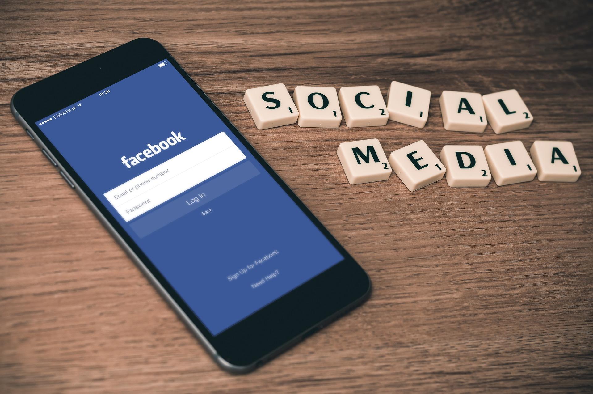 ? Facebook за полгода удалила более трех миллиардов фейковых аккаунтов