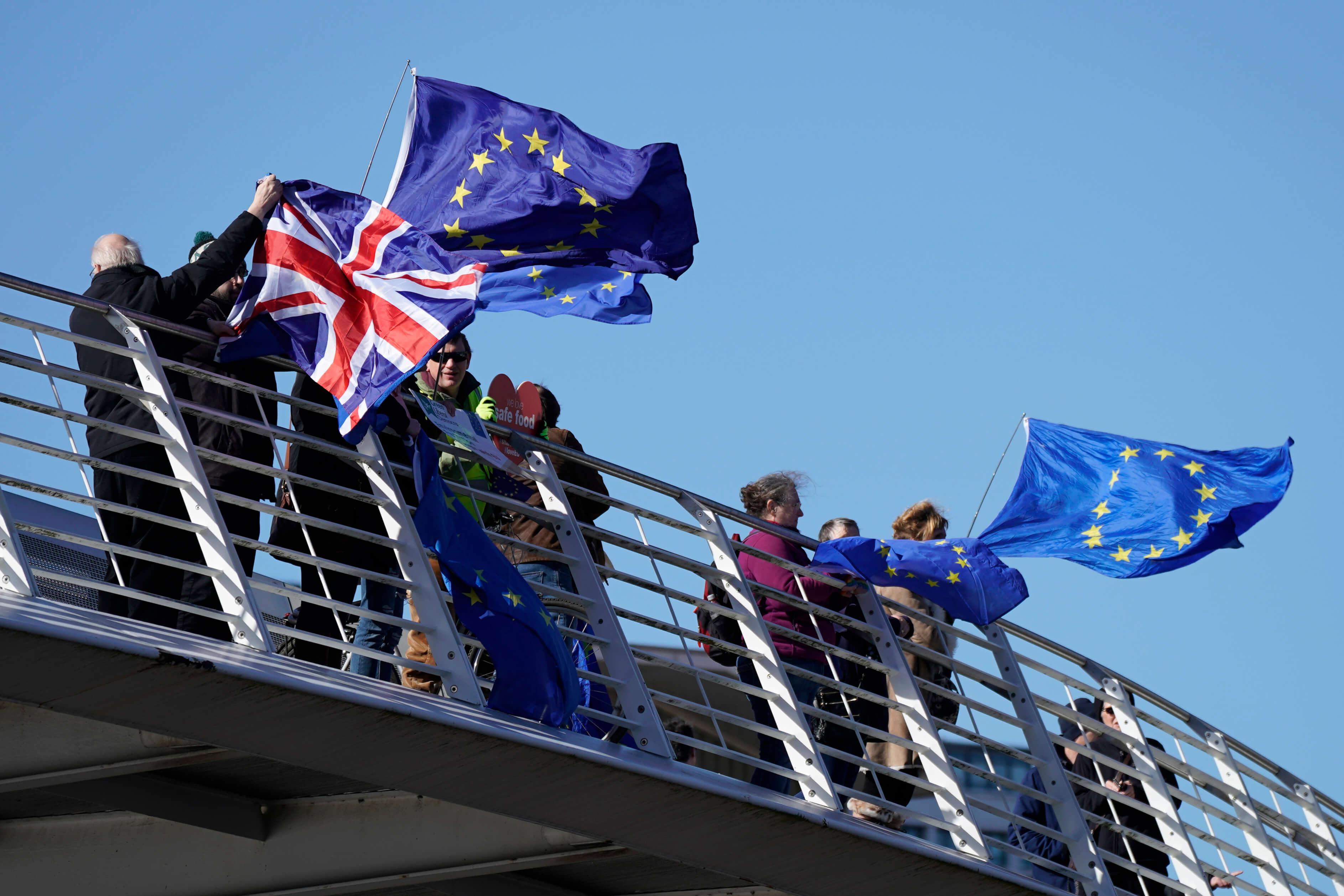 🕐 День X настав, але Британія ще в ЄС