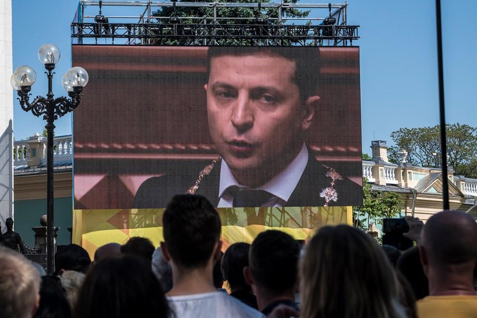 «Бути українцем – модно»: лідери думок про те, як повертати українців в Україну