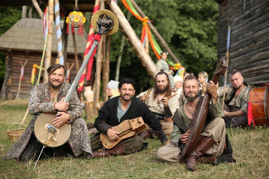 ICTV готує «Абсолютно брехливу історію» про козаків