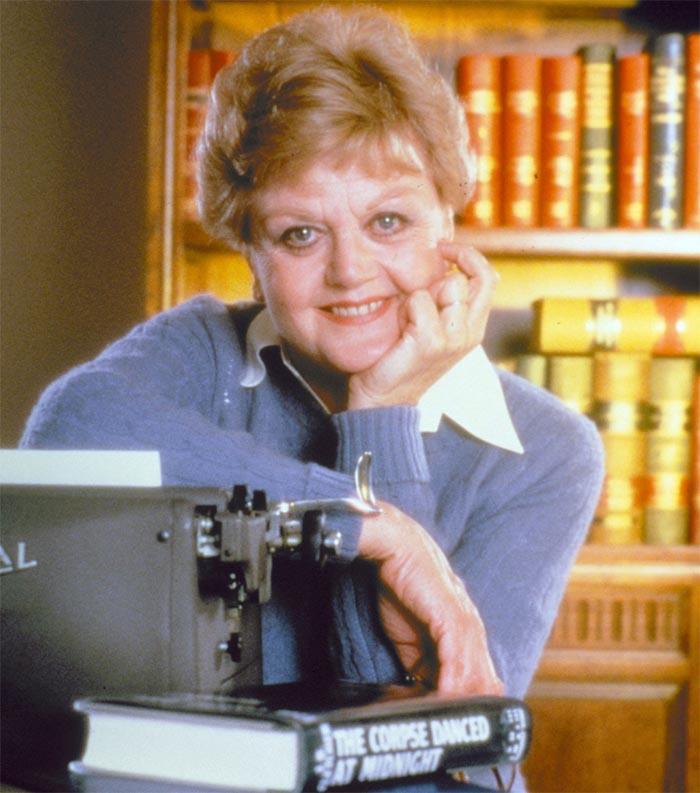 кадр из сериала «Она написала убийство»