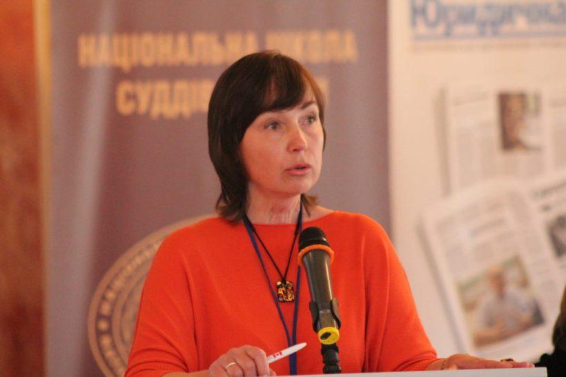 Не будьте гіршими за Азарова: Журналісти про «закритий Кабмін»