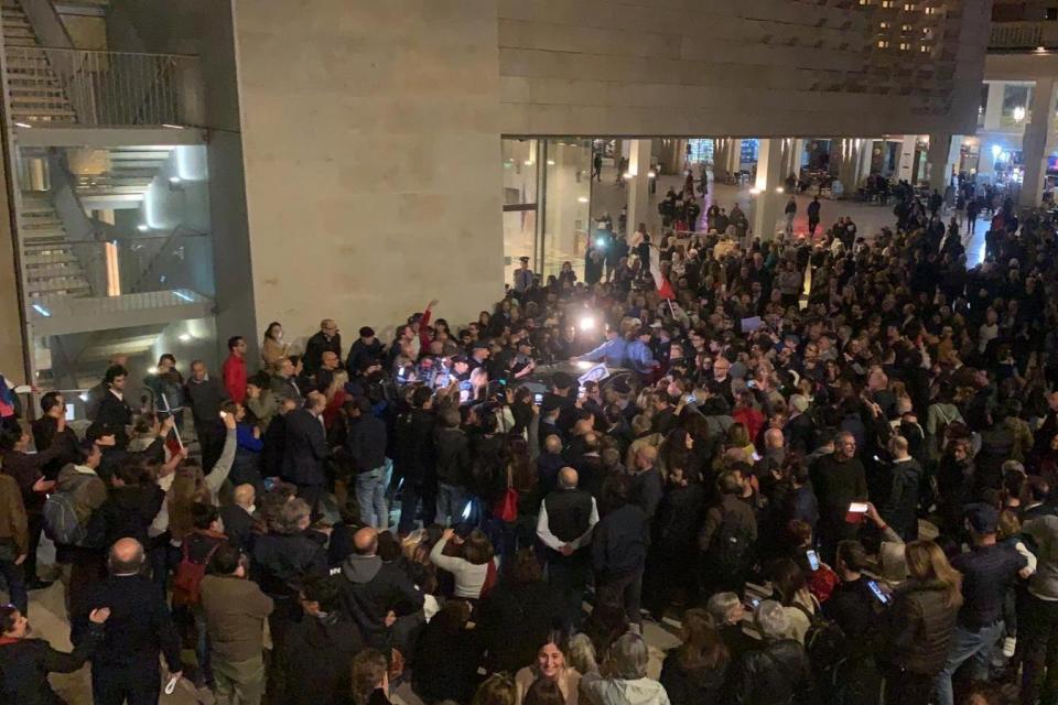 Протестующие на Мальте требуют отставки премьер-министра из-за убийства журналистки